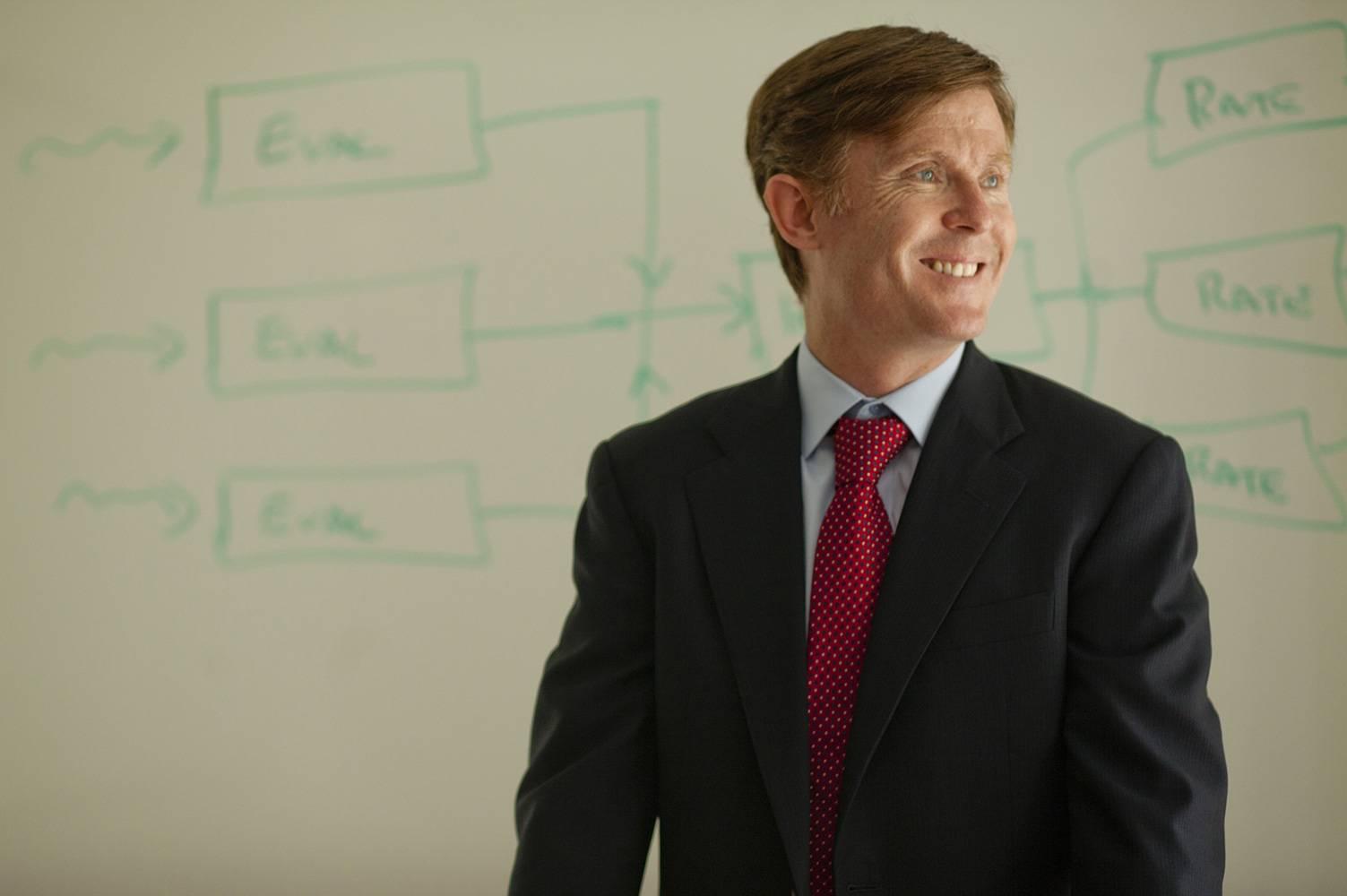 Brian Tomlin, Named the William and Josephine Buchanan Professor of Management