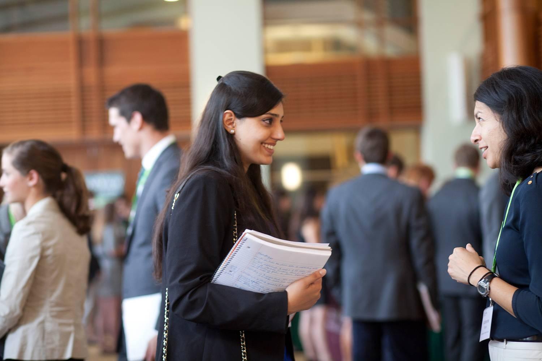 Tuck MBA students mentor Dartmouth undergrads.