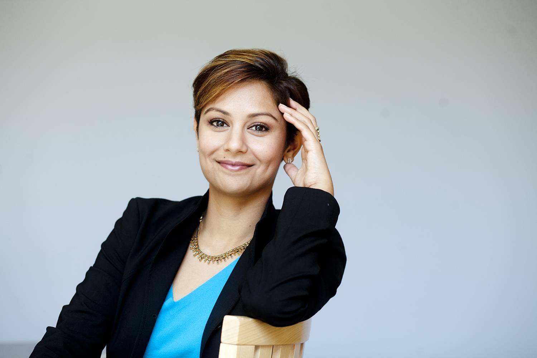 Tuck Professor Eesha Sharma