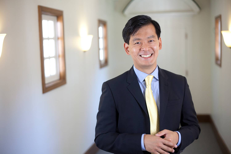 Tuck professor Ing-Haw Cheng