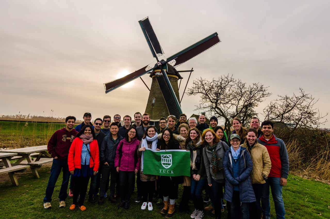 Tuck-TIAS partnership, students and professors from Tuck visit the Netherlands