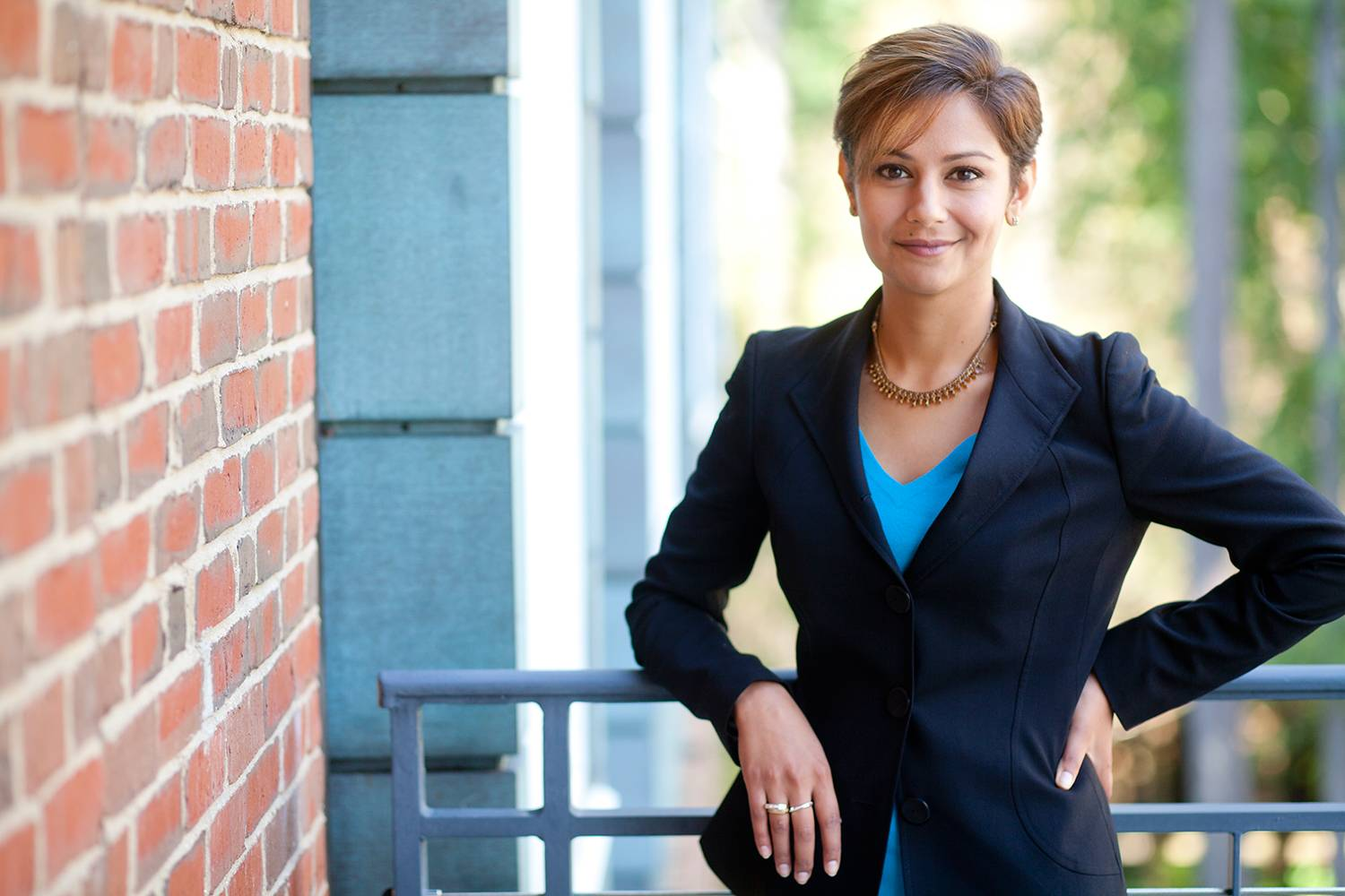 Tuck Professor Eesha Sharma