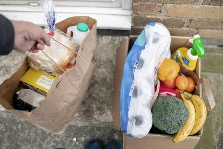 Tuck360-delivering-groceries-900-500.jpg