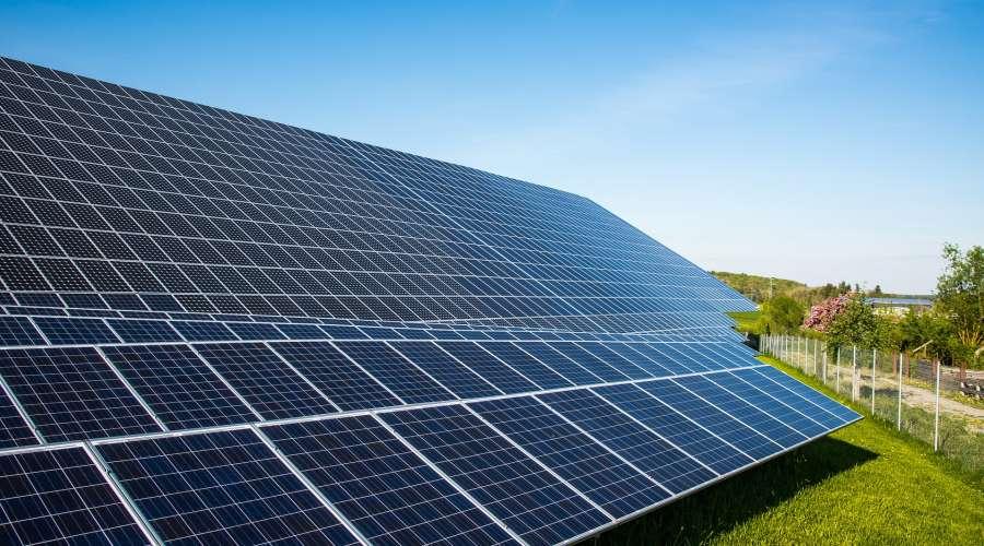 solar-cells-491701_1920.jpg