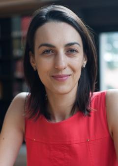 Isabela Manelici